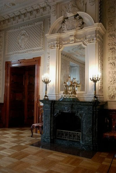 Christiansborg tour marble fireplace