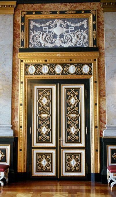 Gold door in Christiansborg