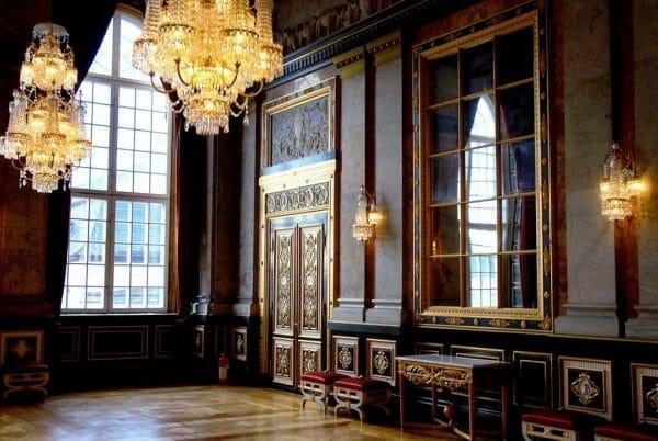 Christiansborg tour