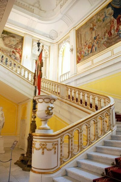 Christiansborg gold staircase