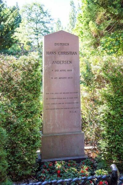 Hans Chrisian Andersen gravestone