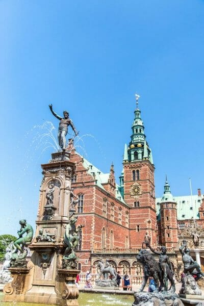 Frederiksborg Castle with fountain