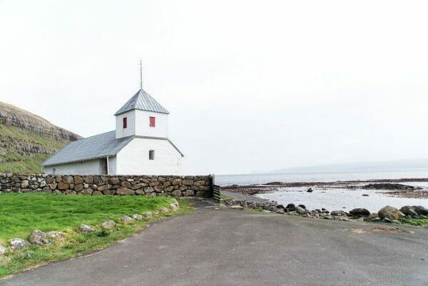 Kirkjubøur church
