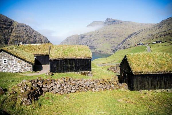 Saksun grass roof house