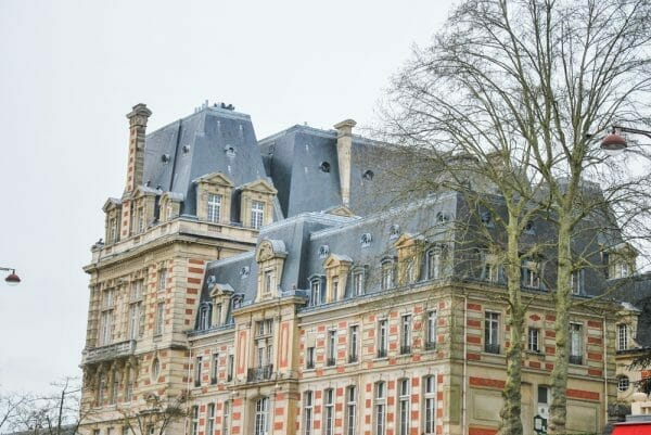 Victorian house in Paris