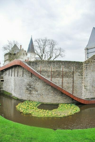 Historic wall with moat in Nantes