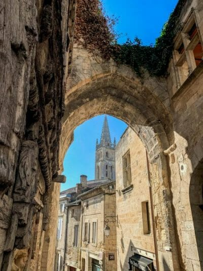 Stone archway in Saint Emilion
