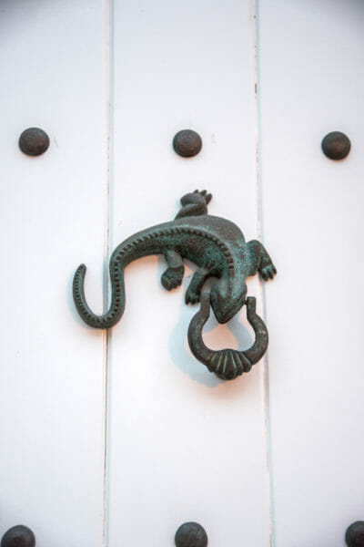 Lizard door knocker in Cartagena