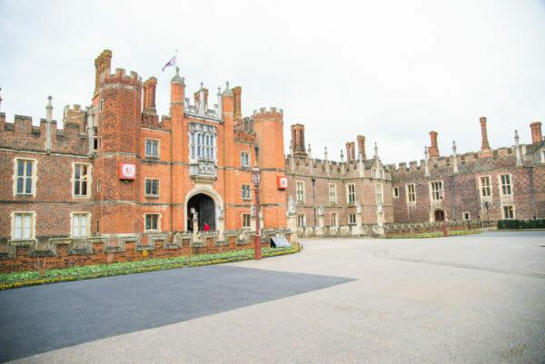 Front gate entrance to Hampton Court