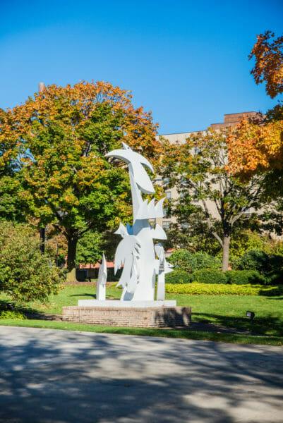 White sculpture of birds in Grand Rapids, MI
